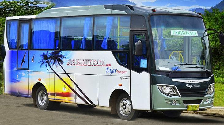 bus pariwisata fajar transport kecil